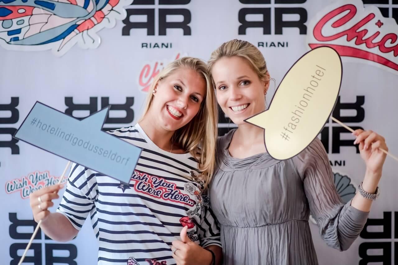 Karolin Grun und Isabelle Bedbur