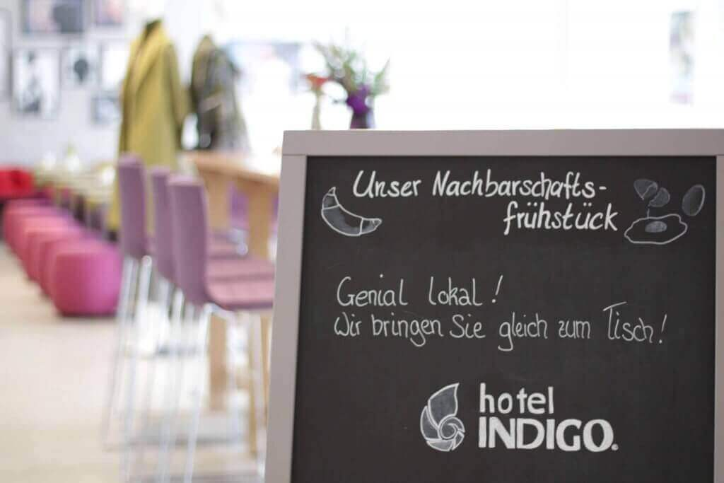 Tafel Nachbarschaftsfrühstück Hotel Düsseldorf