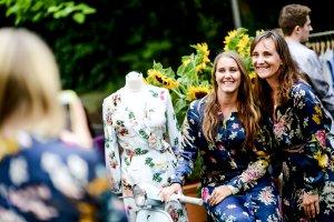 Mädchen Blogger Event Strahlendes Lächeln